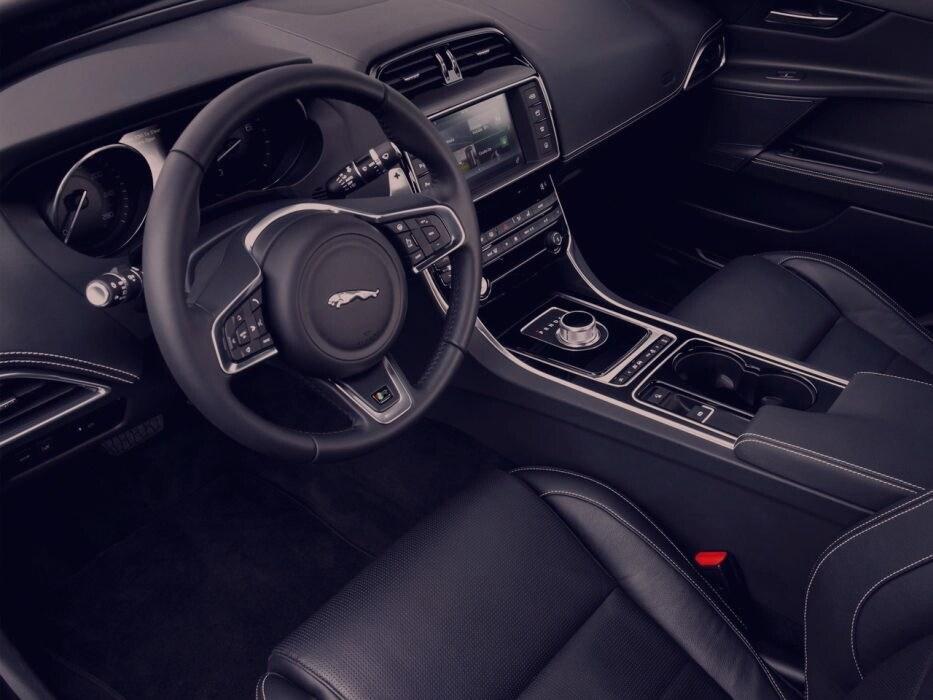 jaguar xe-1