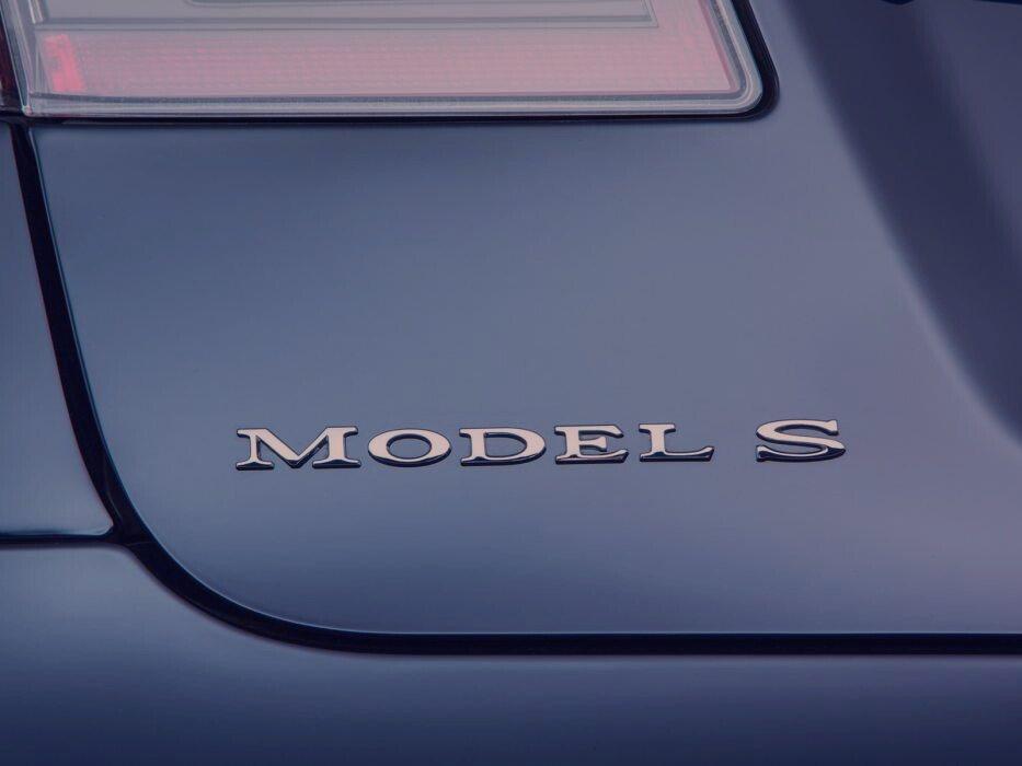tesla model-s-1